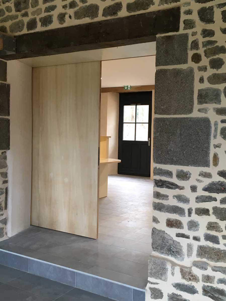 livraison maison eclusi re h d bazouges gwenola gicquel architecte. Black Bedroom Furniture Sets. Home Design Ideas